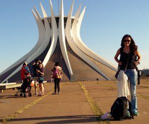 Catedral de Metropolitana de Nossa Senhora Aparecida, Brasilia @meudestinoelogoali